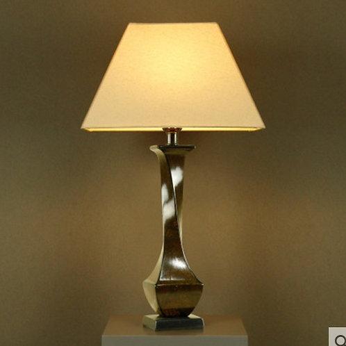 Настольная лампа Linsen