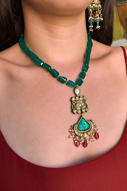 Taara Kundan necklace