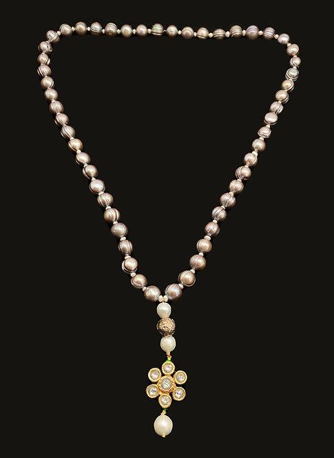 Polkhi Flower Necklace