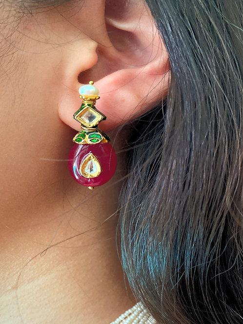 Deep Red Onyx Kundan Earrings