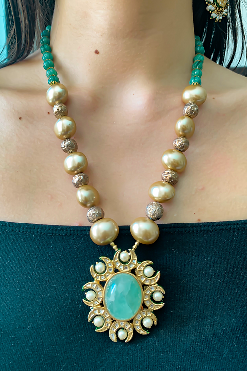Green and Gold Kundan Necklace