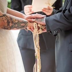 Handfasting Sweetwater Branch Inn Gaines