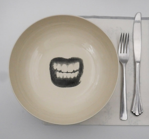 Pasta bowl with mouth print