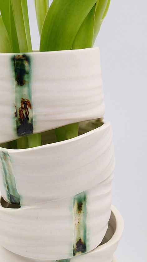 Vase reassembly 2 - white with stripes (