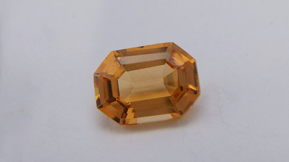 2.92 ct Rectangle Golden Topaz