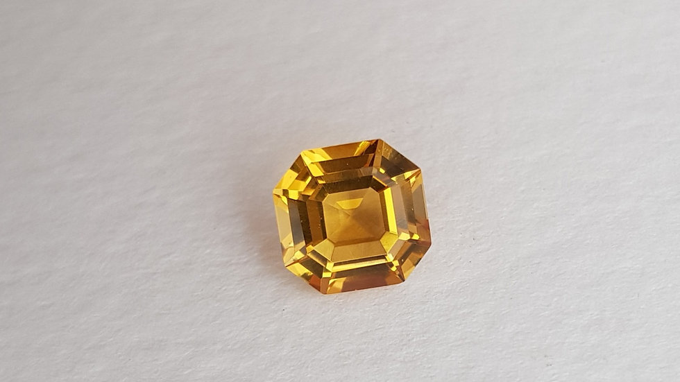 2.59 ct Asscher Cut Golden Topaz