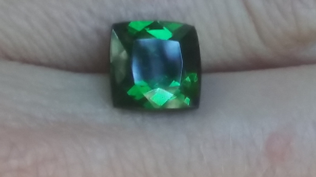 3.45 ct Electric Green Tourmaline