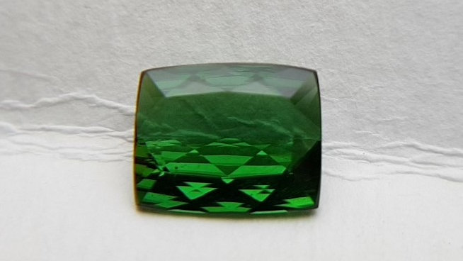 Rectangle Green Tourmaline 2.74 cts