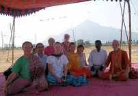 Workshop15_2009_Group_at_Site_of_Ramana_