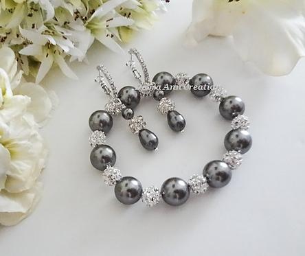 Swarovski Pearl and Crystal Wedding Bracelet and Earrings Set