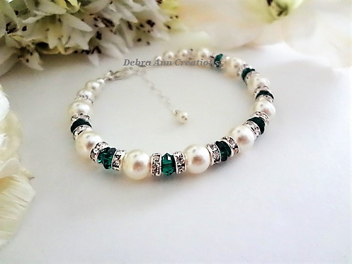 Pearl and Emerald Crystal Clasp Birthstone Bracelet BRTHBR1001