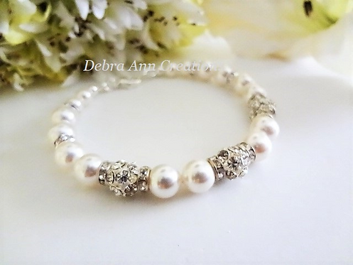 Swarovski Pearl and Round Crystal Pave Clasp Bridal Bracelet