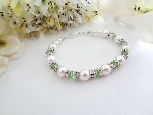 Pearl and Peridot Crystal Clasp Birthstone Bracelet BRTHBR1010