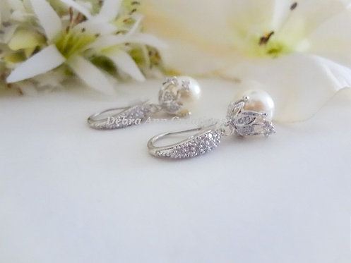 Cubic Zirconia and Pearl Drop Earrings BRER4043