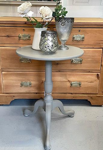 Tripod Lamp Table