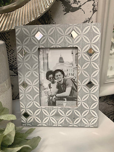 Grey & white mirrored picture frame