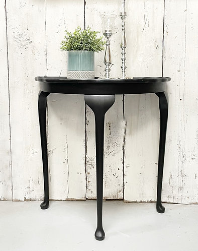 Demi-lune table with crocodile effect top