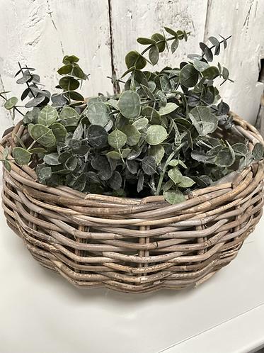 Round & Sturdy wicker basket - large