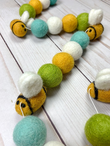 Busy Bee Garland