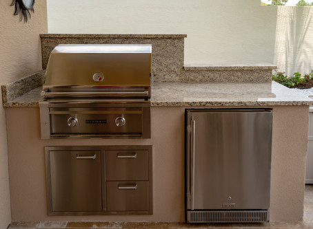Three Amazing Benefits of Having a Refrigerator in Your Outdoor Kitchen