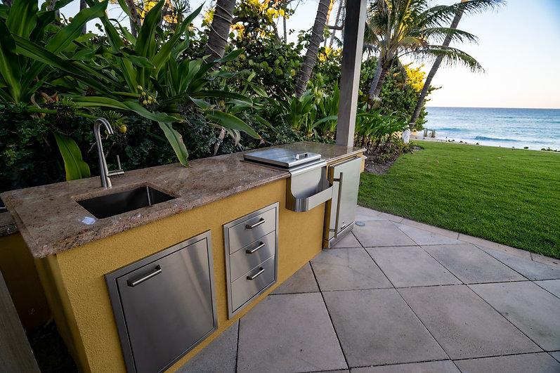 Delray Outdoor Kitchen