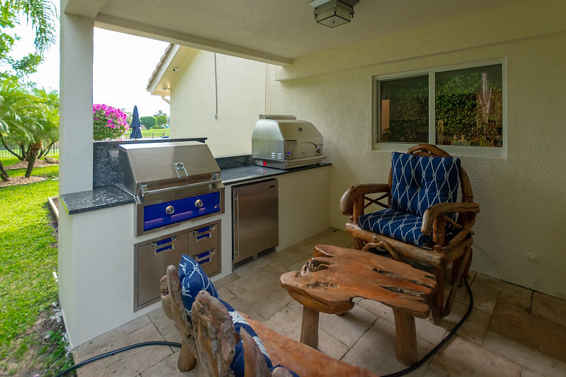 Delray Beach Outdoor Kitchen