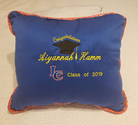 The Regular GradCushion
