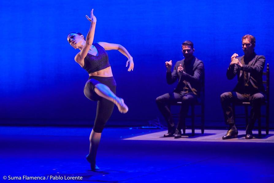 Estela Alonso en el libre vuelo de su propia danza