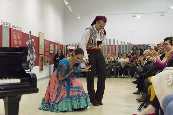 Aloña Alonso, Fran Velasco y Eduardo Martínez en el Museo Mariemma