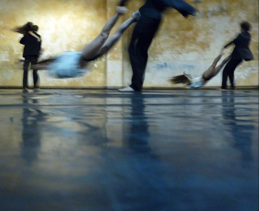 Bailar Volar.jpg