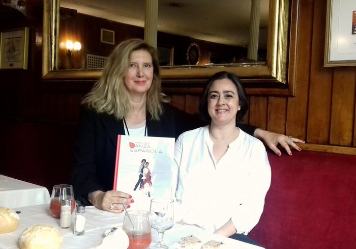 Entrevista a Eva Neyra en el Café Gijón