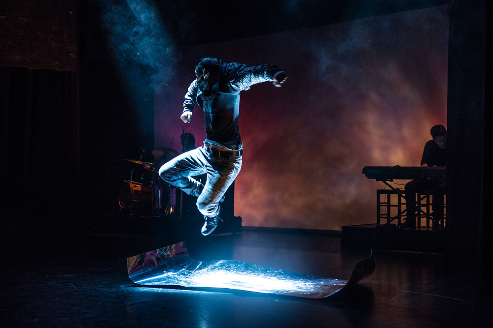 TitaniumCarlos salto plancha.jpg