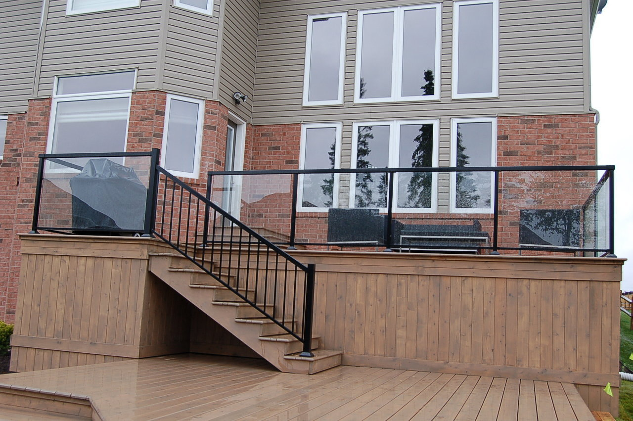 2 Level Deck & Storage Glass Rail