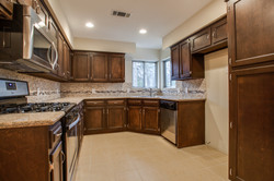 Cabinets, Back Splash, & Flr
