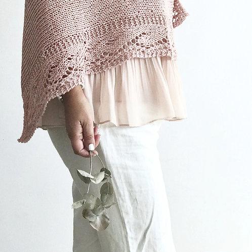 Poncho calado de lino rosa