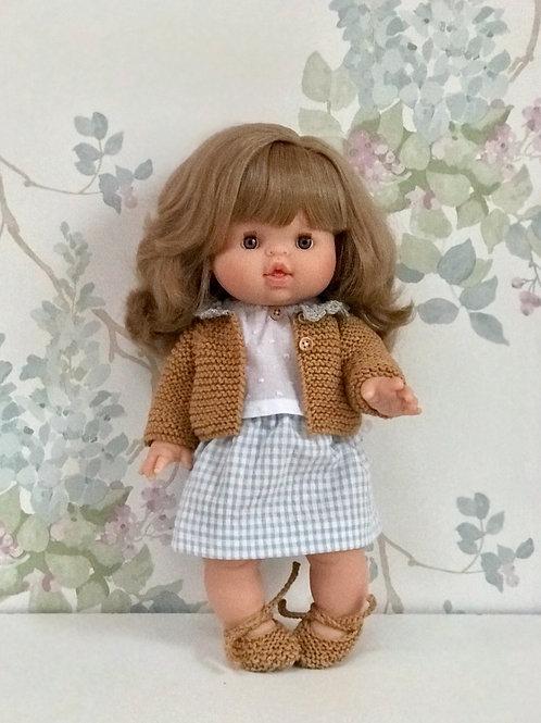 Muñeca con chaqueta