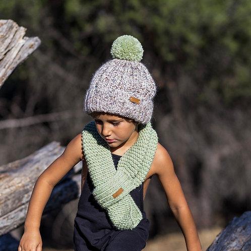 Gorro tweed con pompón de lana / Tweed hat with wool pompom