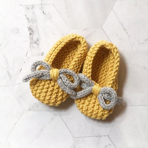 Slippers amarillas, talla 9 meses