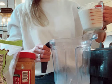 Delicious & Simple Cacao Chia Pudding Recipe