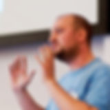 Andy-Russell-speaking-200.jpg