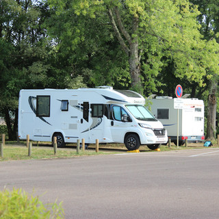 Aire-Camping-Cars-09.JPG