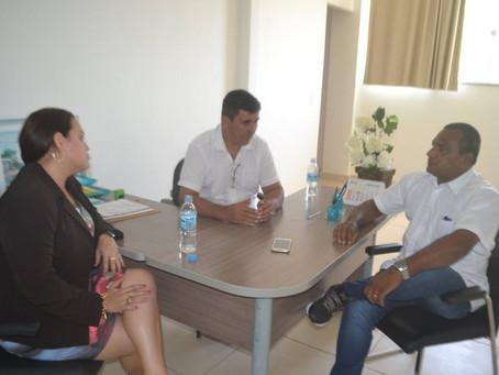 Prefeito Gilson Pessoa busca soluções para saúde pública municipal junto ao Governo do Estado