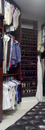 closet0041.jpg
