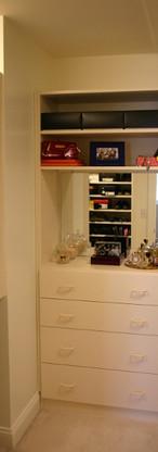 closet010.jpg