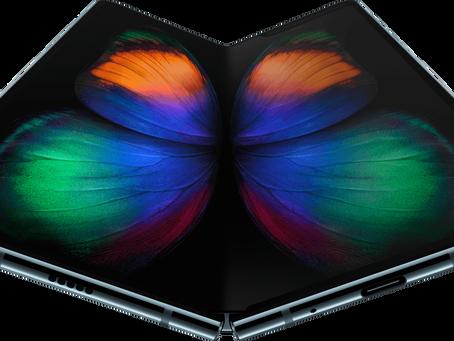 Samsung показала гибкий смартфон Galaxy Fold