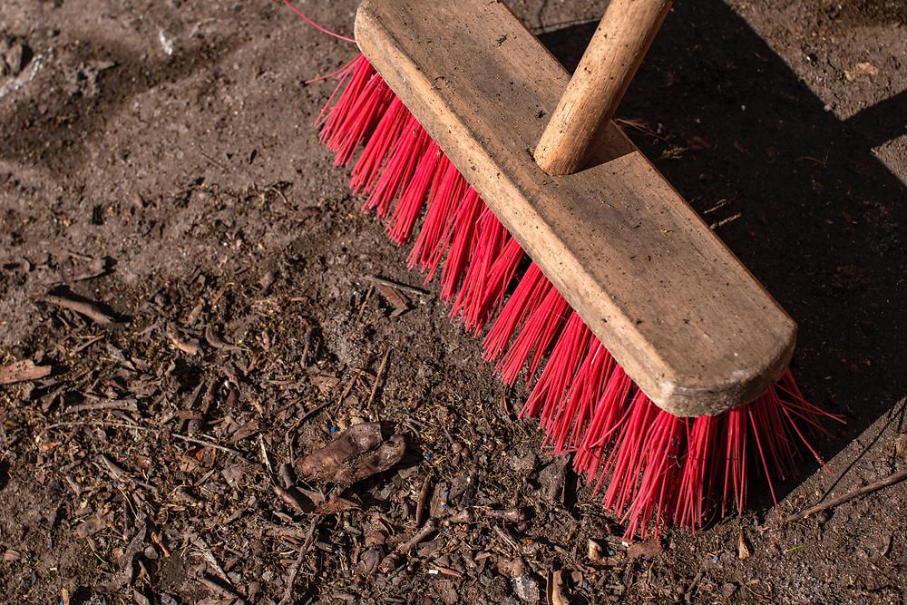 Cleaning Brush (Photo by Lucas van Oort on Unsplash)