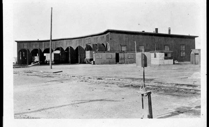 MP roundhouses