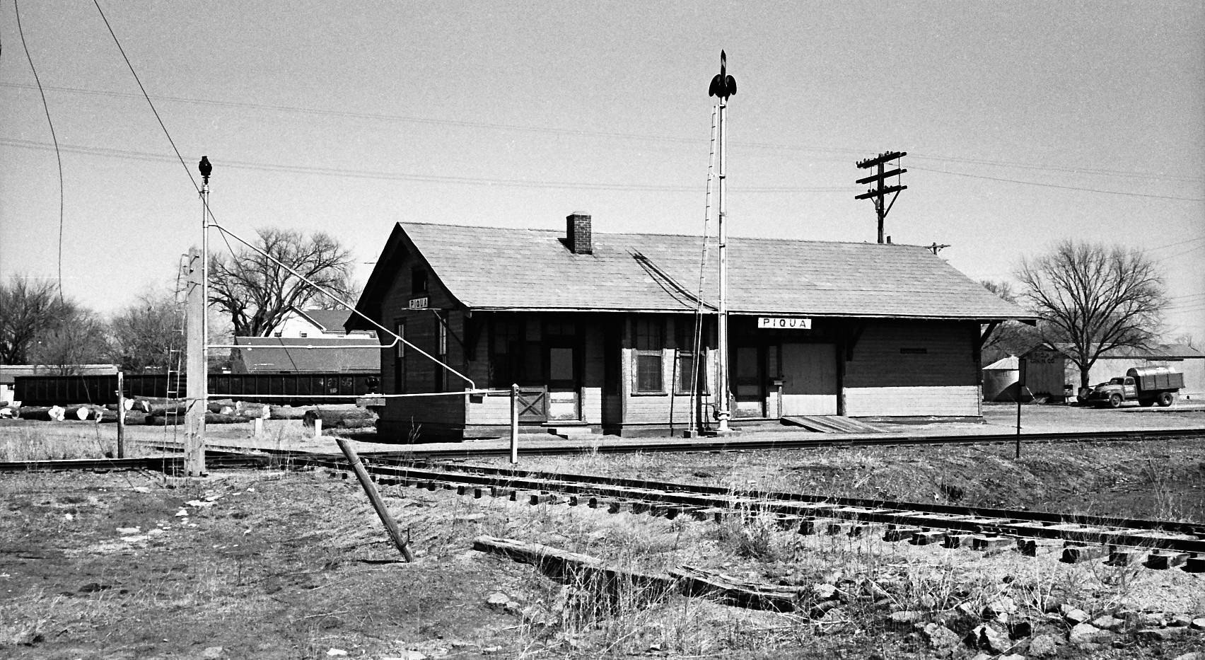MP/ MKT depot