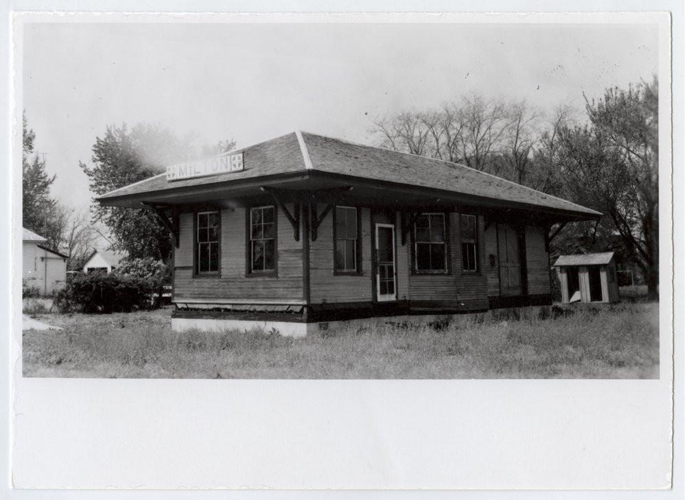KCMO(ATSF) depot