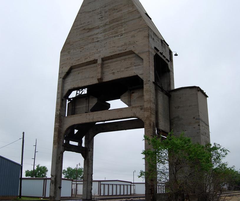 ATSF coal tower
